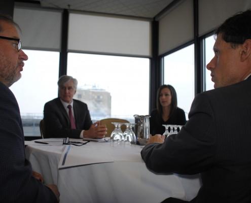 3.(de gauche à droite) Marcel Lavoie, ministère de l'Éducation et du Développement de la petite enfance du Nouveau-Brunswick, Yann Herry, ministère de l'Éducation du Yukon, Linda Beddouche, ministère de l'Éducation de la Colombie-Britannique et Yves Saint-Germain, Citoyenneté et Immigration Canada